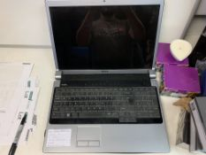 """DELL STUDIO 1737 LAPTOP, WINDOWS 10, 17"""" SCREEN, 250GB HARD DRIVE WITH CHARGER"""