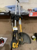 DEWALT DCM561P1S-GB 18V 5.0AH LI-ION XR BRUSHLESS CORDLESS OUTDOOR TRIMMER (UNCHECKED, UNTESTED)PCK