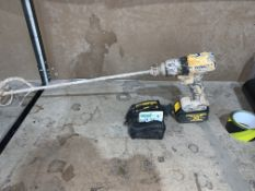 DEWALT CORDLESS BRUSHLESS COMBI DRILL COMES WITH BATTERY AND CHARGER (UNCHECKED, UNTESTED) PCK