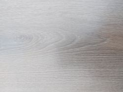 PALLET TO CONTAIN 17 NEW SEALED PACKS OF GOODHOME LEDBURY LIGHT BROWN OAK EFFECT 10MM LAMINATE