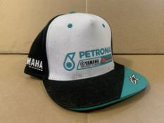 25 X BRAND NEW OFFICIAL YAMAHA PETRONAS GREEN/WHITE AND BLACK CAPS S1