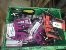 30 PIECE MIXED LOT INCLUDING CLEANING BRUSHES, TYRE GUAGES, CHARGERS ETC S1