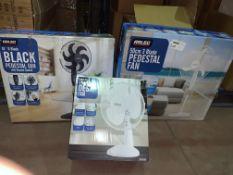 """5 X BOXED FANS INCLUDES 1 X WHITE 12"""""""" DESK FAN & 1 X 50CM 3 BLADE PEDESTAL FAN 3 SPEED 3 X 18"""""""""""