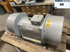 Base Mounted Electric Vibrator Motors *NEW Invicta Brand