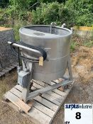 STAINLESS STEEL TANK ON CASTERS Item Location : Laval