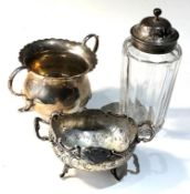 Selection of silver items includes 2 silver bowls and a silver top shifter jar silver weigt 168g