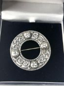 Large silver Celtic Iona Scottish pin brooch measures approx 5cm dia