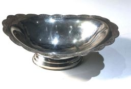 Hallmarked silver bowl measures approx 16cm by 10.5cm height 6cm weight 138g