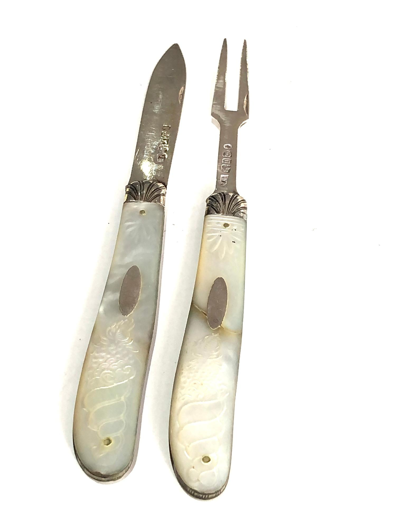 Antique silver & mop knife and fork both have victorian silver hallmarks matching mop handles with - Image 5 of 6
