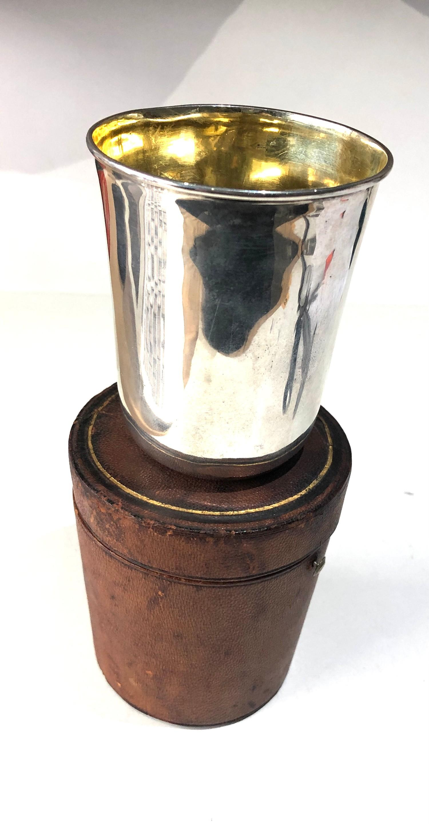 Rare antique Georgian silver leather cased beaker beaker measures approx 9cm high by 7.6cm dia at - Image 5 of 6