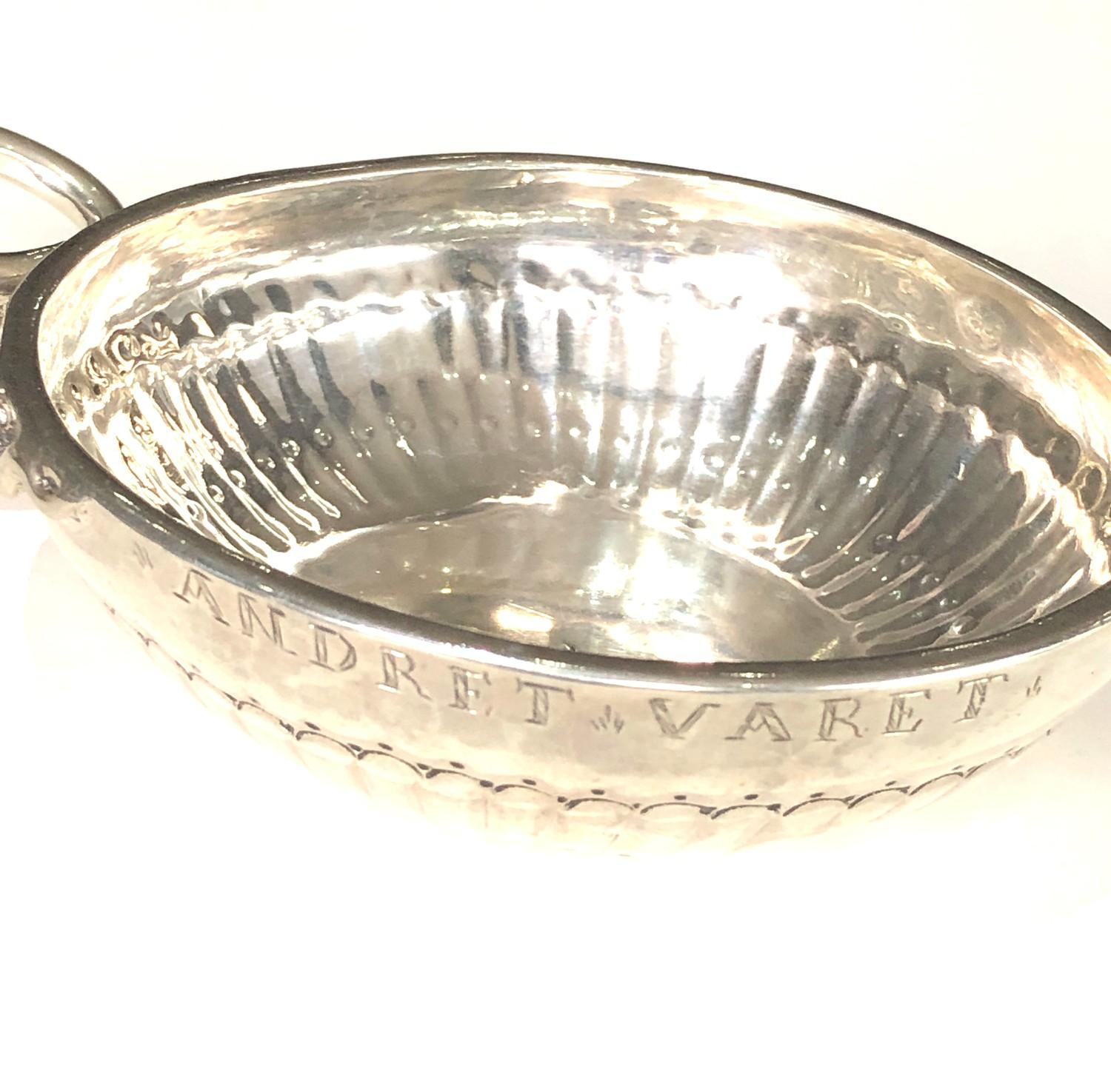 Fine 18th century French silver wine taster measures approx 12cm by bowl 9.5cm dia full hallmarks to - Image 7 of 7