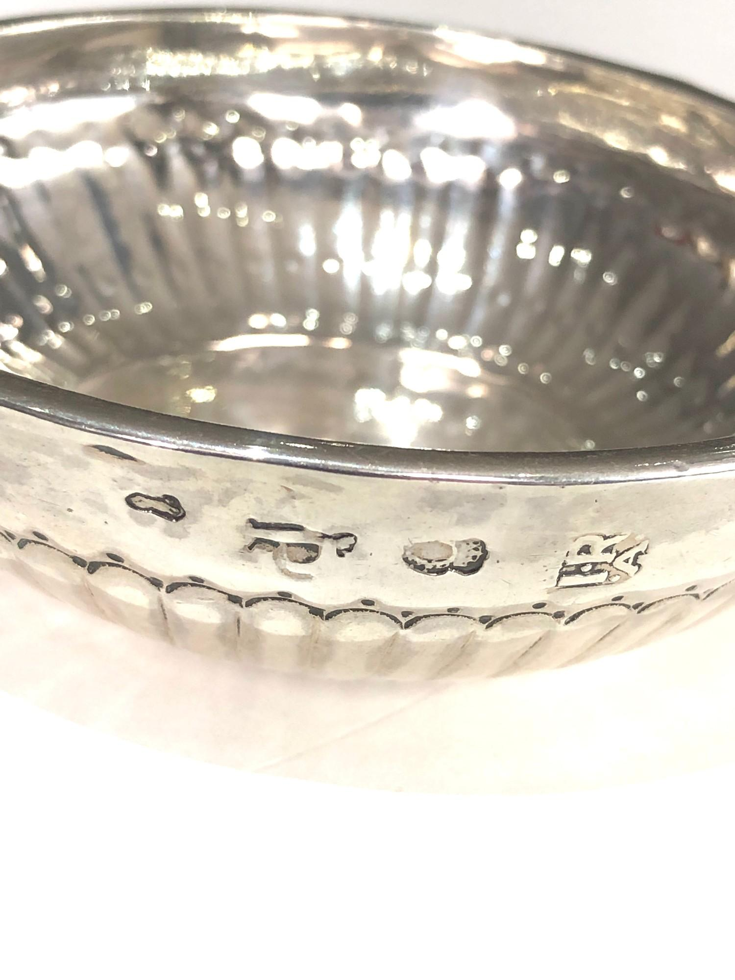 Fine 18th century French silver wine taster measures approx 12cm by bowl 9.5cm dia full hallmarks to - Image 4 of 7