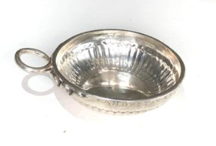 Fine 18th century French silver wine taster measures approx 12cm by bowl 9.5cm dia full hallmarks to