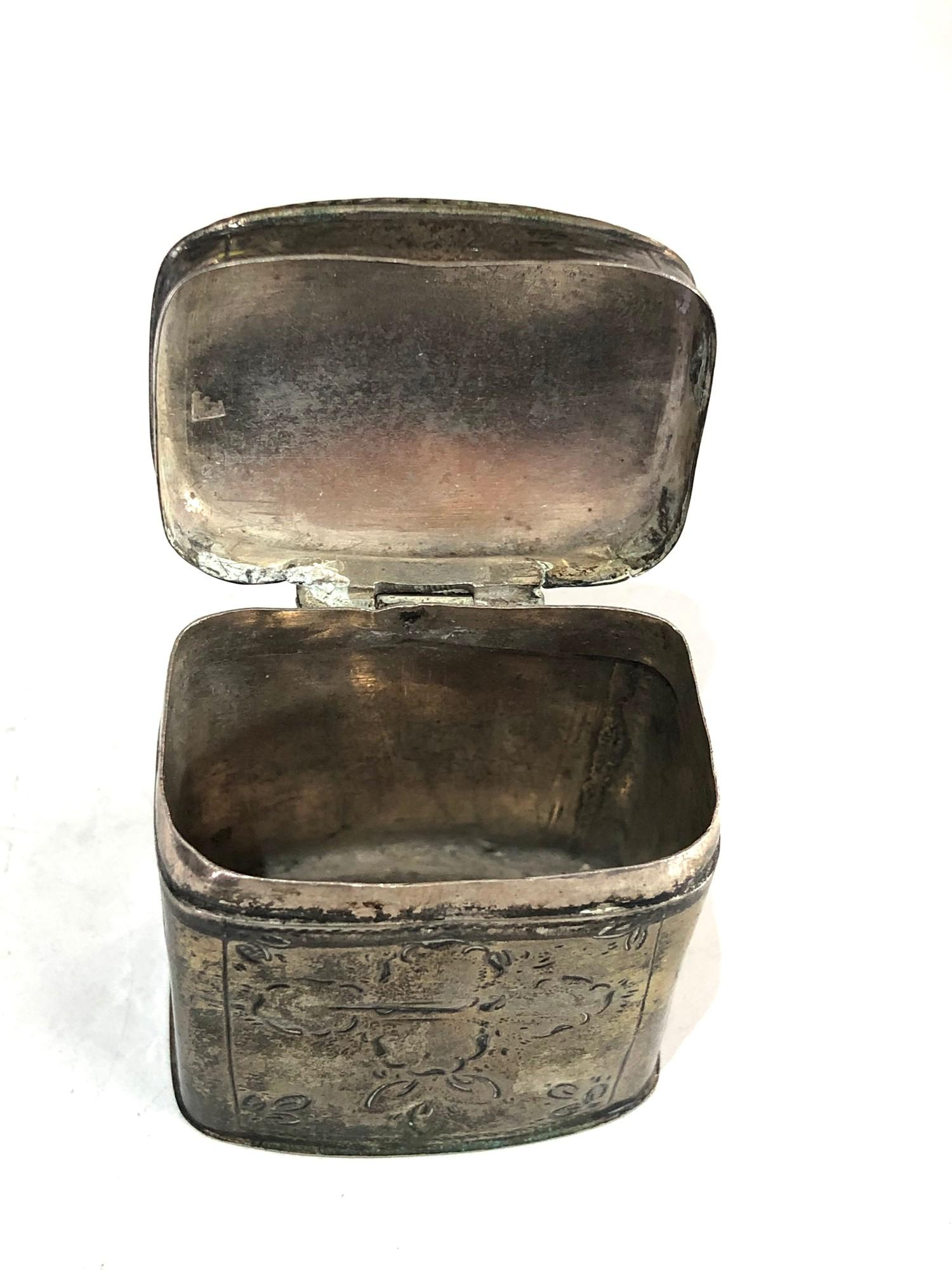 Antique Dutch silver peppermint box measures approx 4cm high and 4cm by 3cm age related wear dent - Image 4 of 6