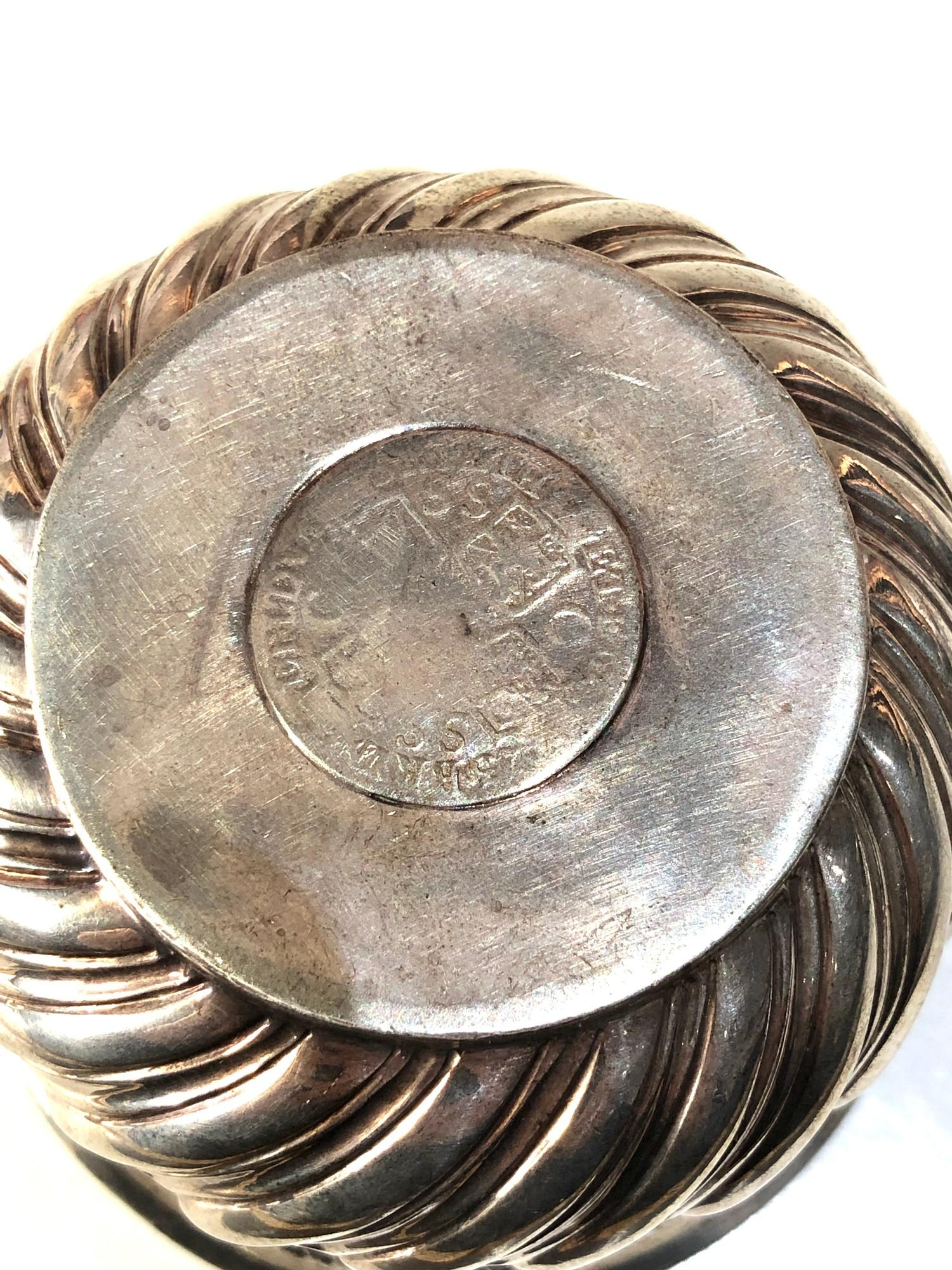Antique victorian silver bowl with coin insert measures approx 9cm dia height 6.2cm London silver - Image 5 of 6