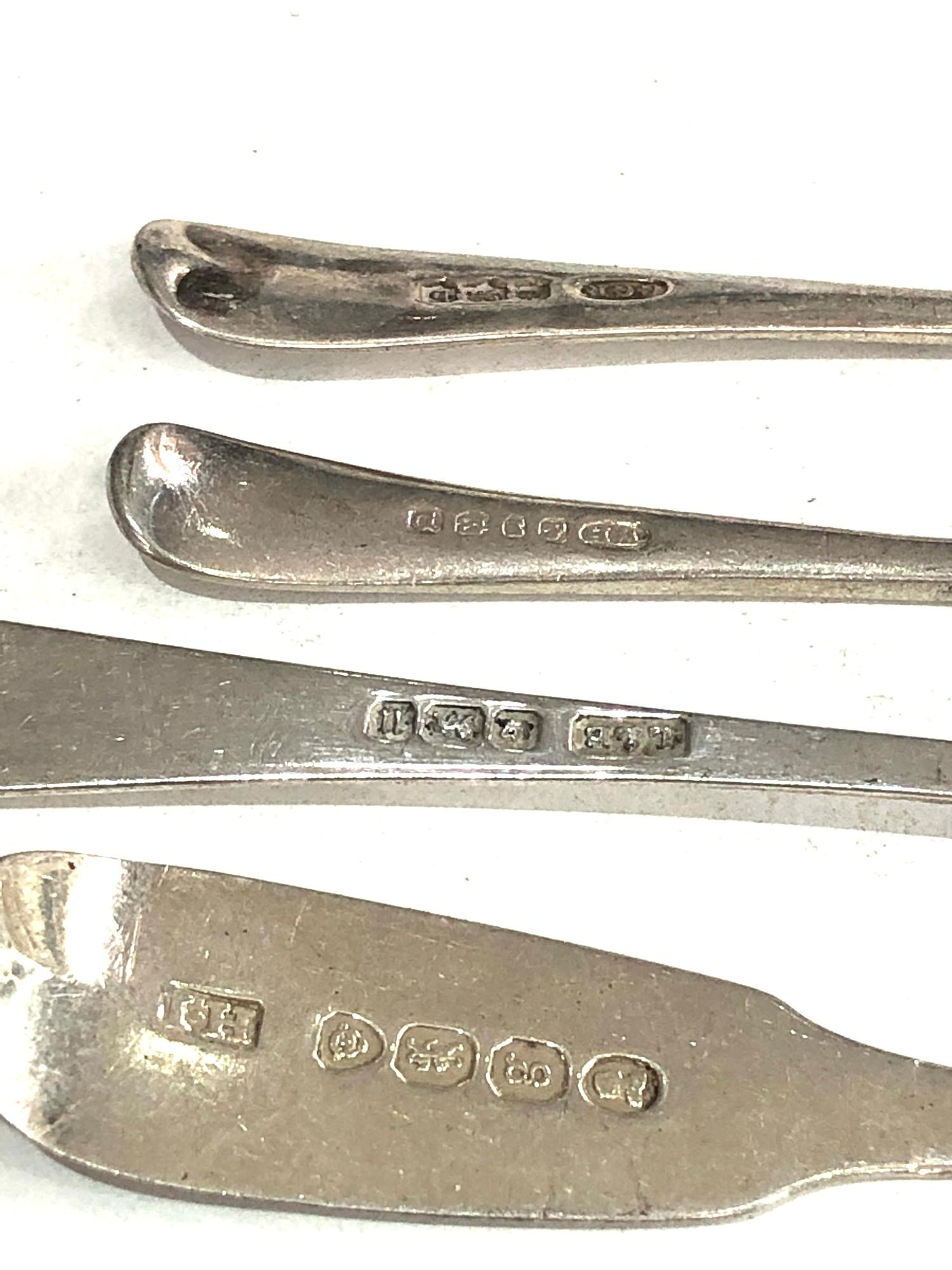 Selection of 4 antique & vintage silver mustard spoons weight 41g - Image 3 of 3