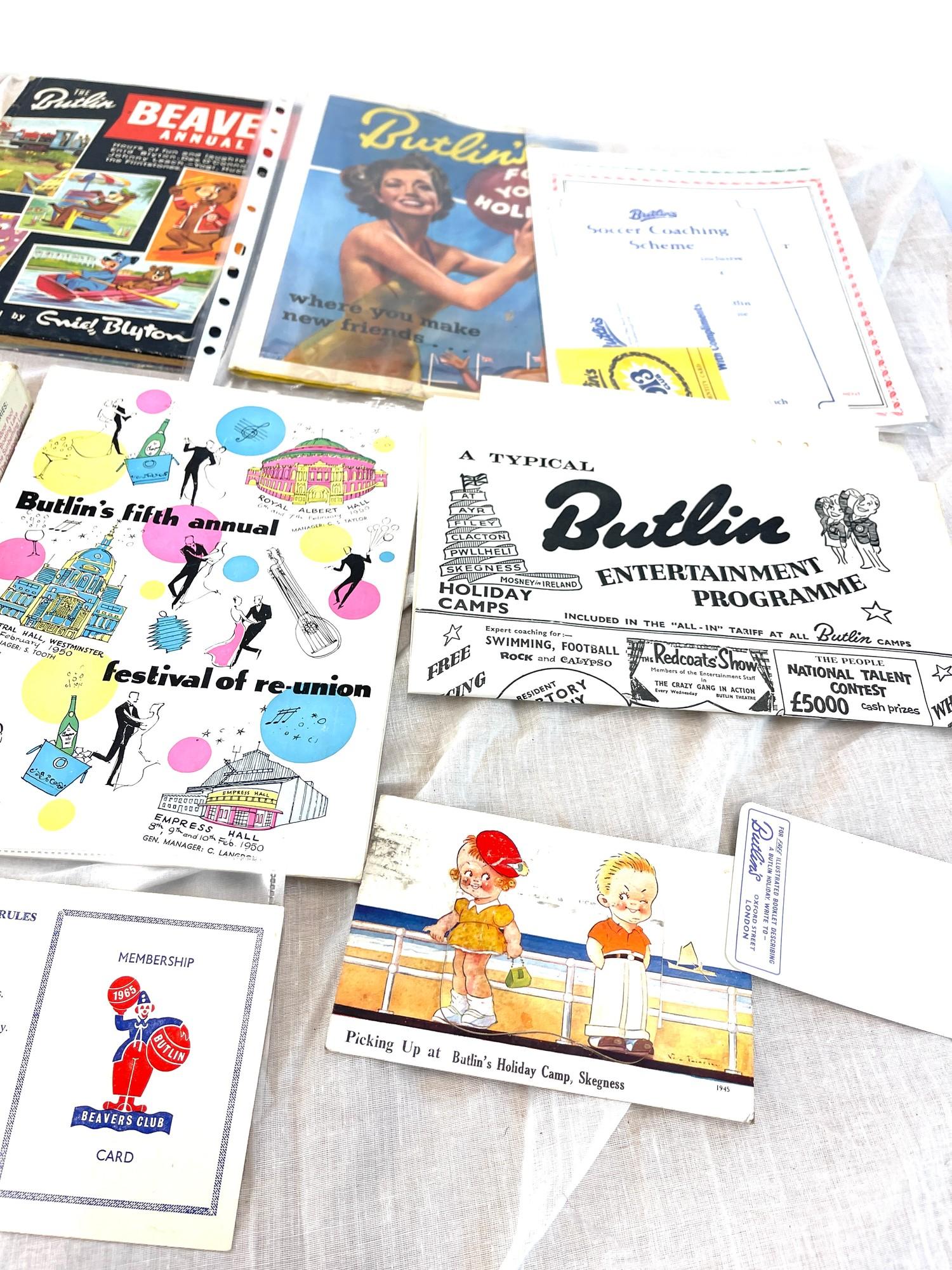 Selection vintage Butlins books, magazines including ...