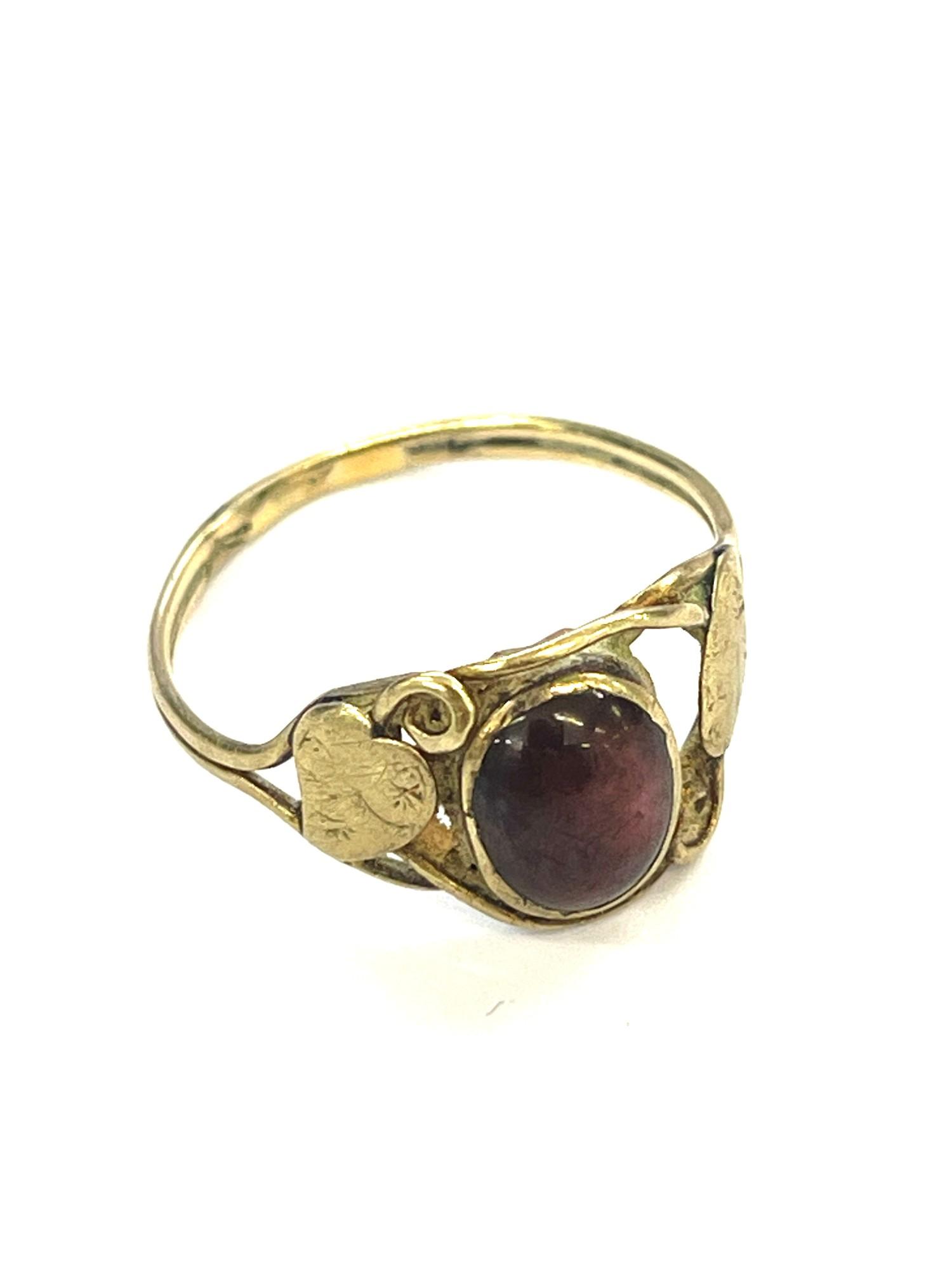 9ct Gold antique arts & crafts garnet ring - Image 3 of 3