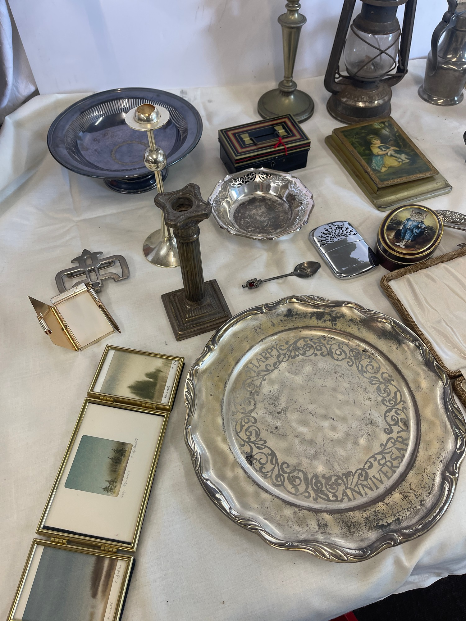 Selection of Assorted metal items, includes tilly lamp, brass candle stick, photo frames etc - Image 4 of 7