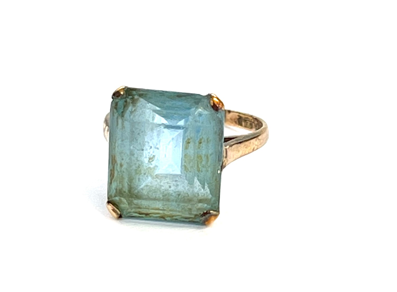 9ct gold stone set cocktail ring - Image 3 of 4