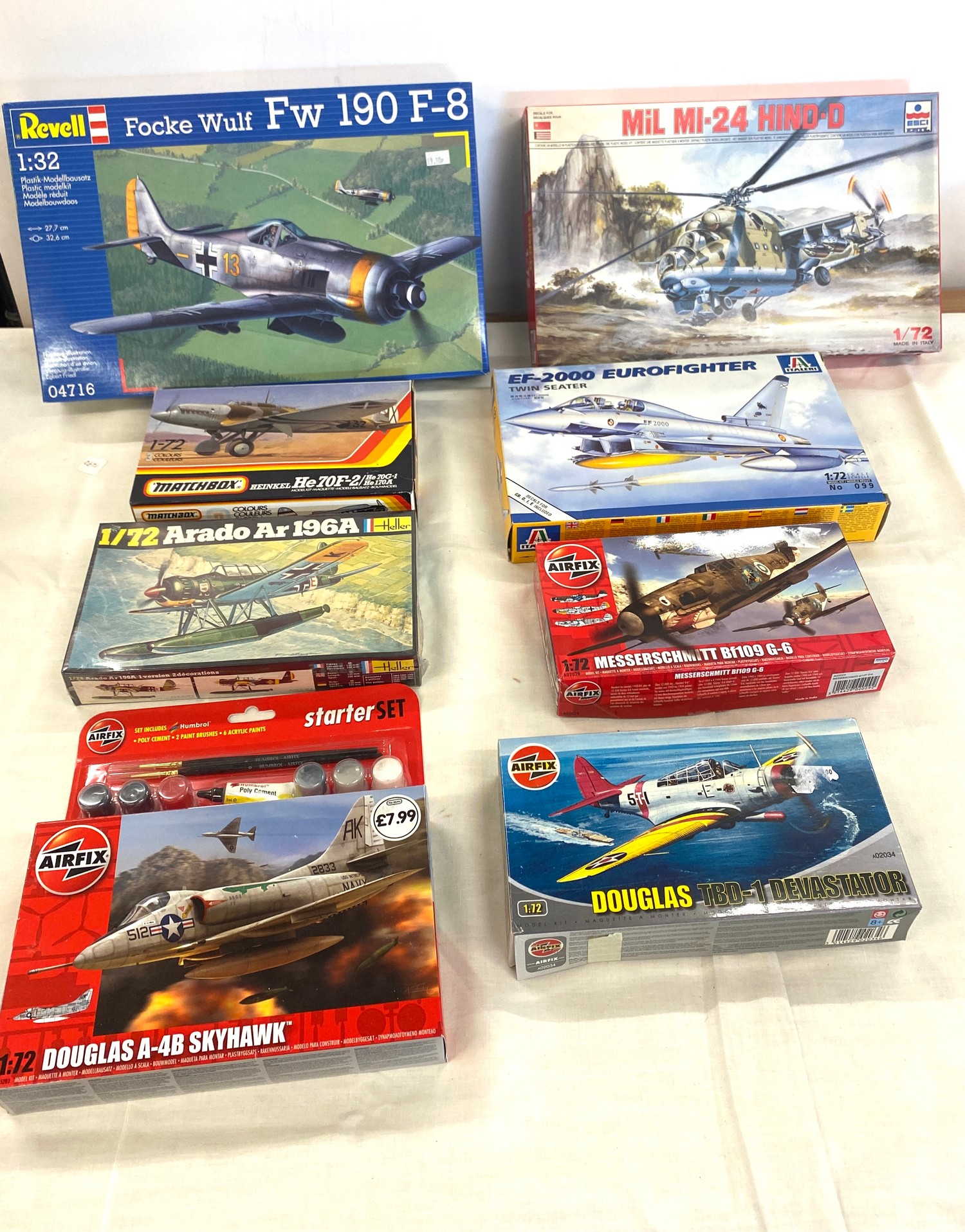 Selection of 8 boxed craft models to include, Mil MI-24 Hind-d 1/72, Douglas TBD-1, EF-2000