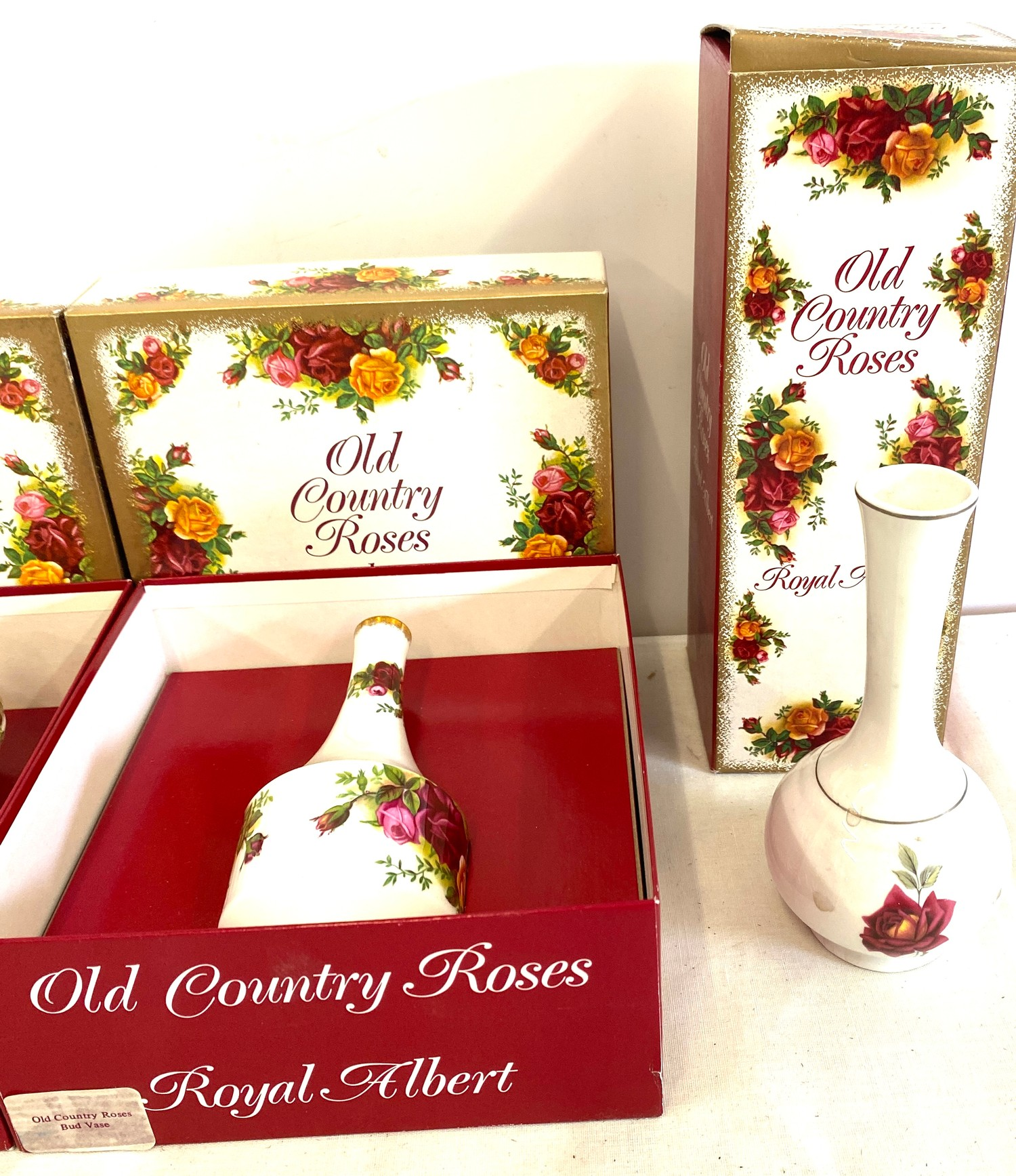 3 Boxed Royal Albert Old Country Roses pottery pieces includes vases etc - Image 4 of 4