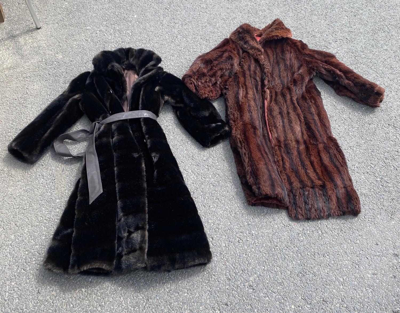 2 Vintage fur Coats