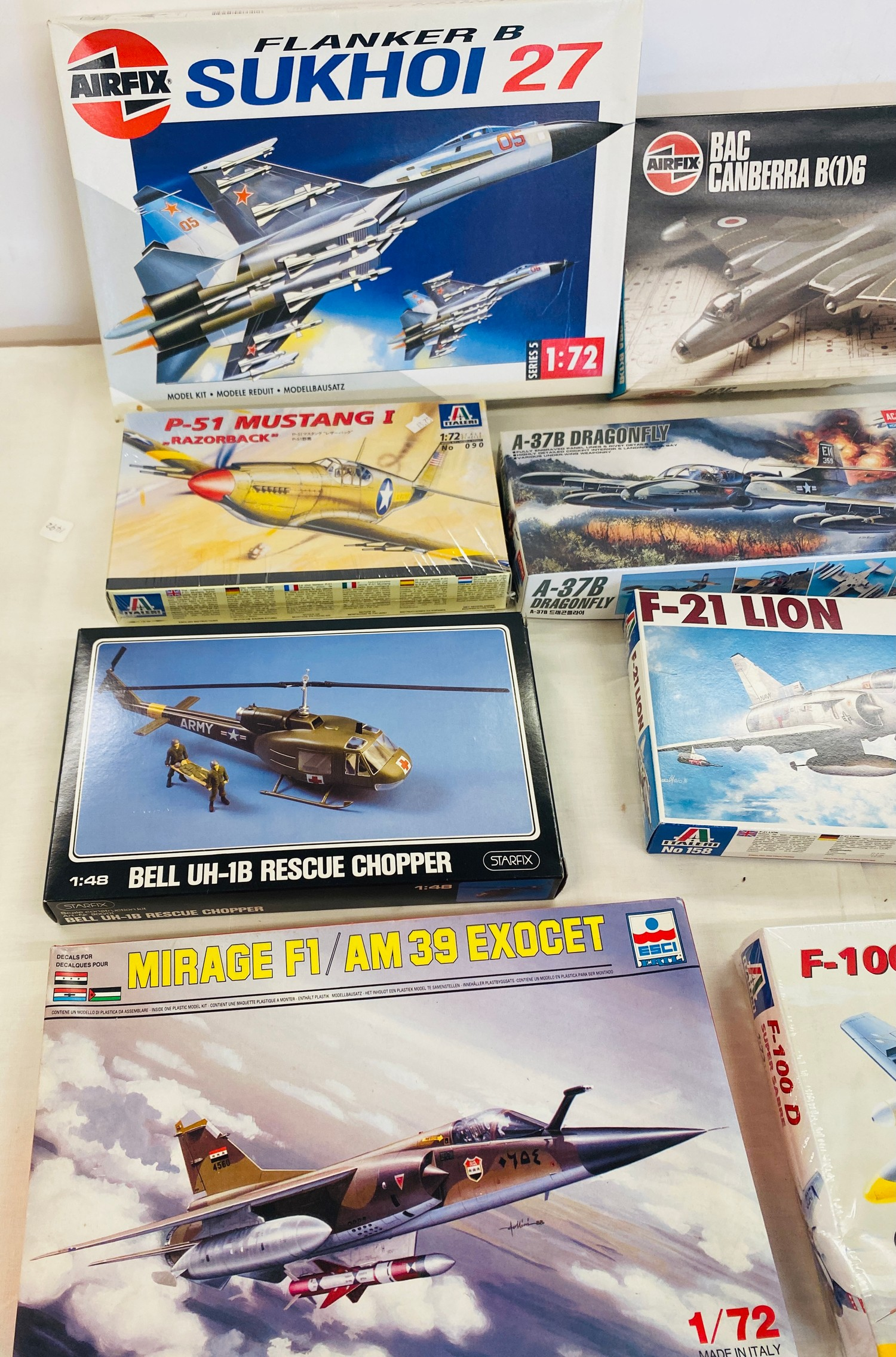 Selection of 8 boxed craft models to include, Airfix Sukhoi 27, Mirage F1, F-21 Lion, Bell vUH-1B - Image 3 of 3