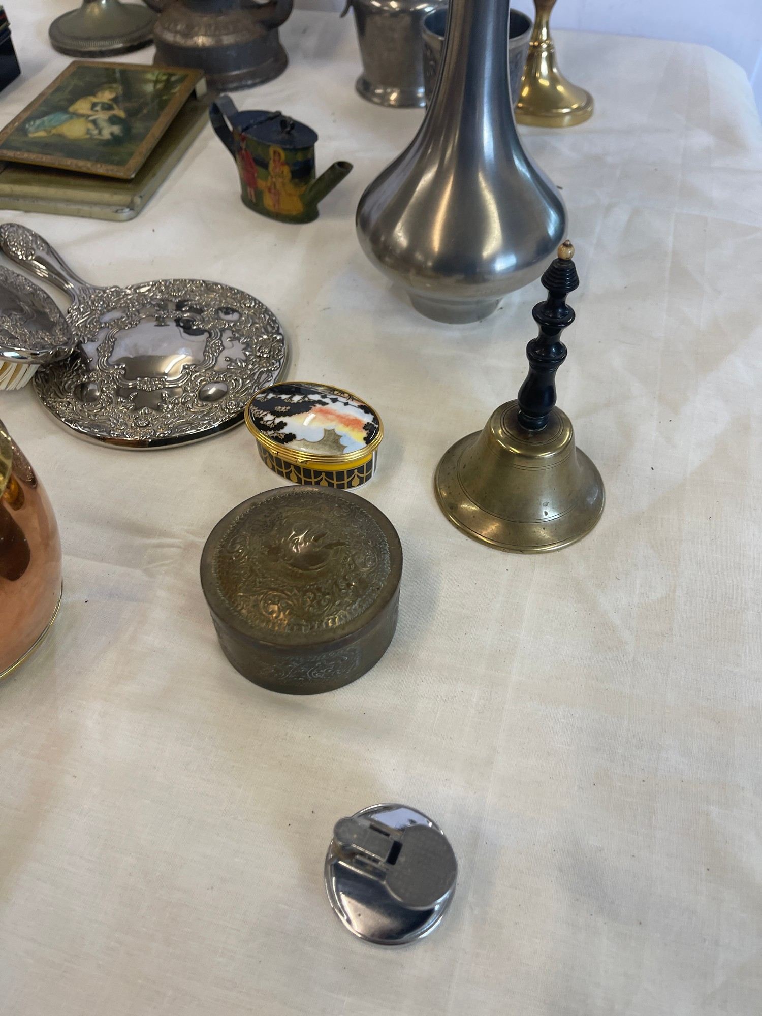 Selection of Assorted metal items, includes tilly lamp, brass candle stick, photo frames etc - Image 6 of 7