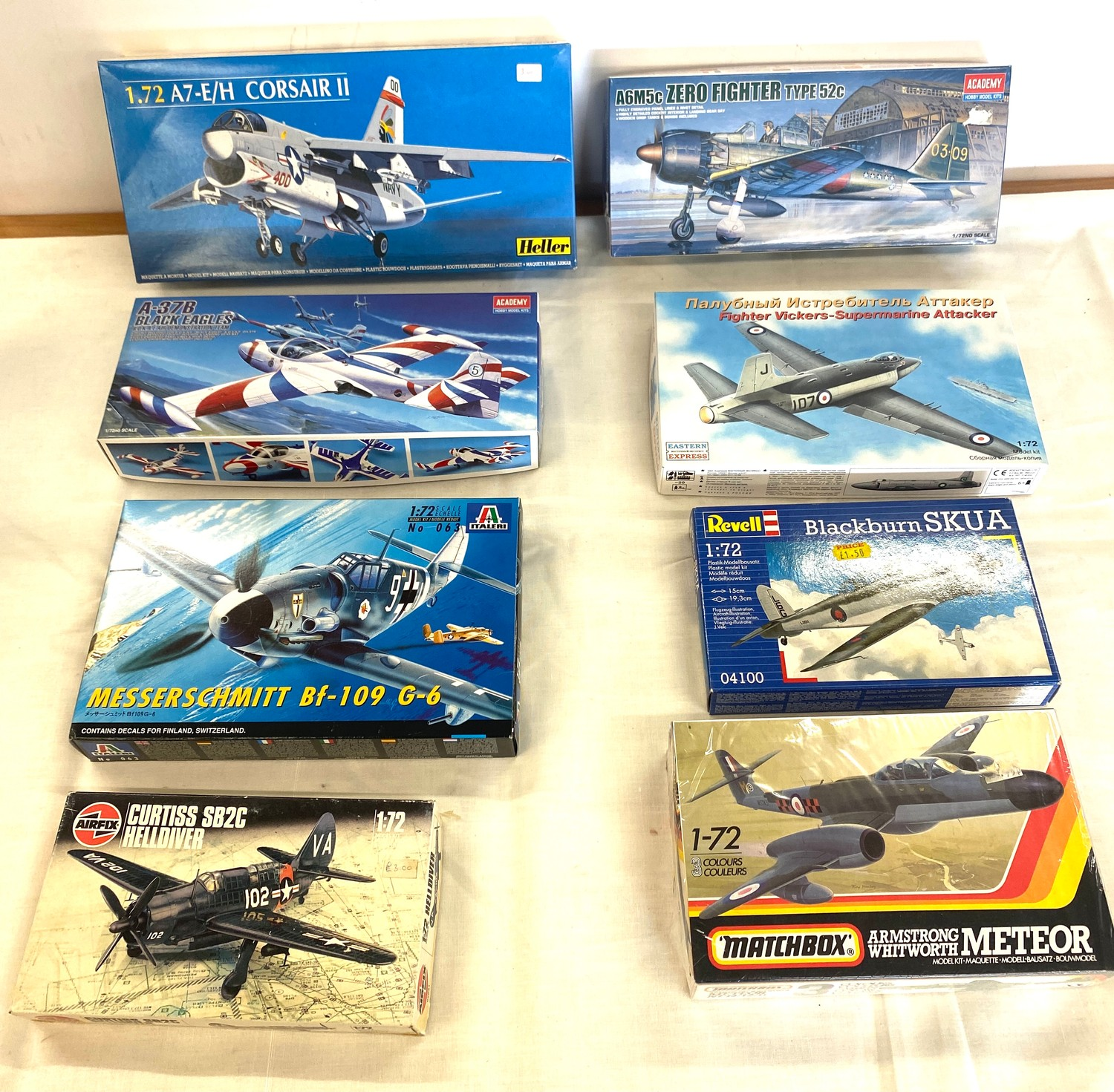 Selection of 8 boxed craft models to include, Corsaur II A7, Zero fighter type 52c, Fighter vickers,
