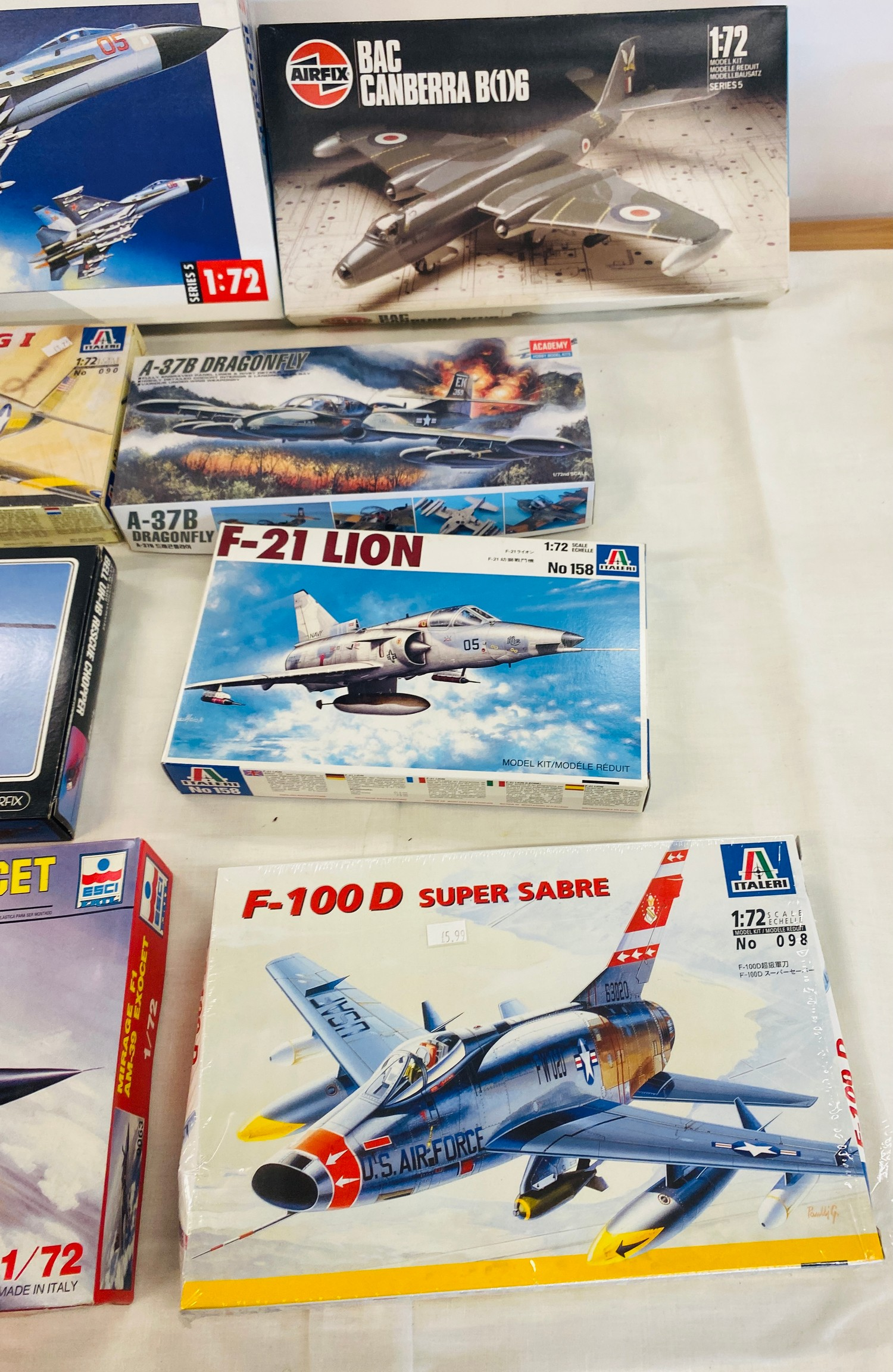 Selection of 8 boxed craft models to include, Airfix Sukhoi 27, Mirage F1, F-21 Lion, Bell vUH-1B - Image 2 of 3