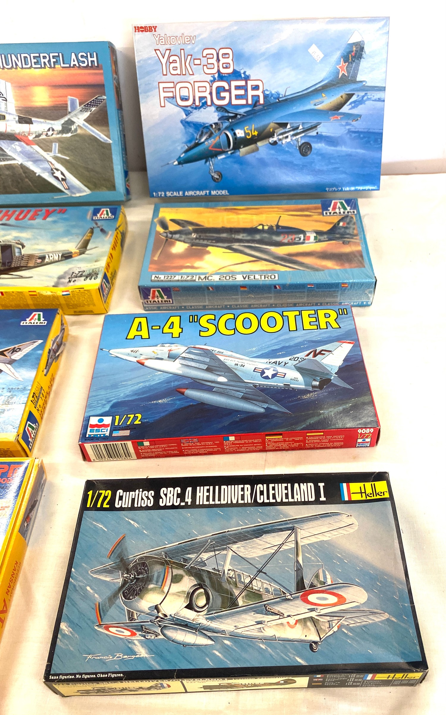 Selection of 8 boxed craft models to include, A-4 scooter, RF-84F Thunderflash, UH-1B Huey,Skyhawk - Image 3 of 3