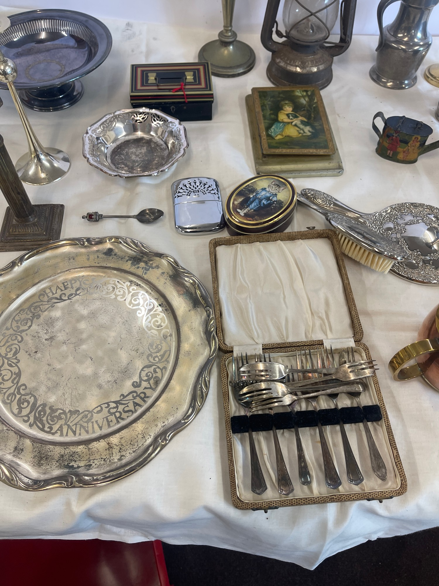 Selection of Assorted metal items, includes tilly lamp, brass candle stick, photo frames etc - Image 3 of 7