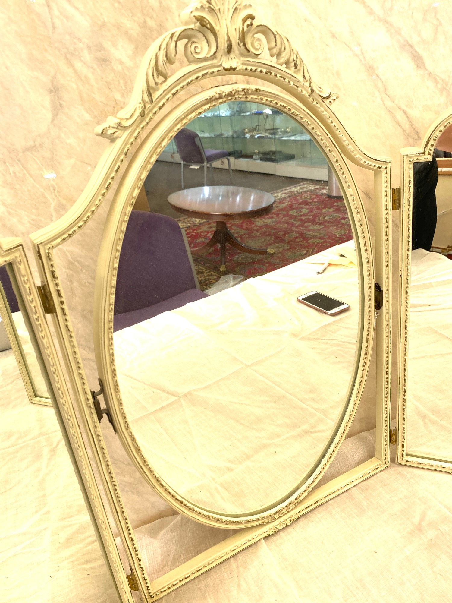 White painted triple dressing table mirror - Image 2 of 2