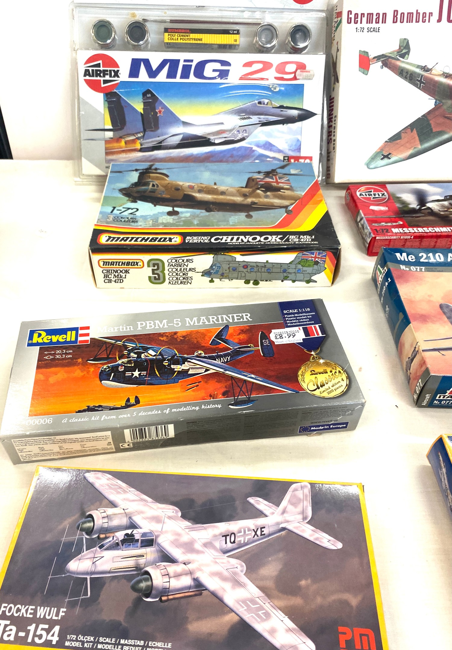 Selection of 8 boxed craft models to include, German bomber Junkers Ju86D1, Matchbox Chinook, Airfix - Image 3 of 3
