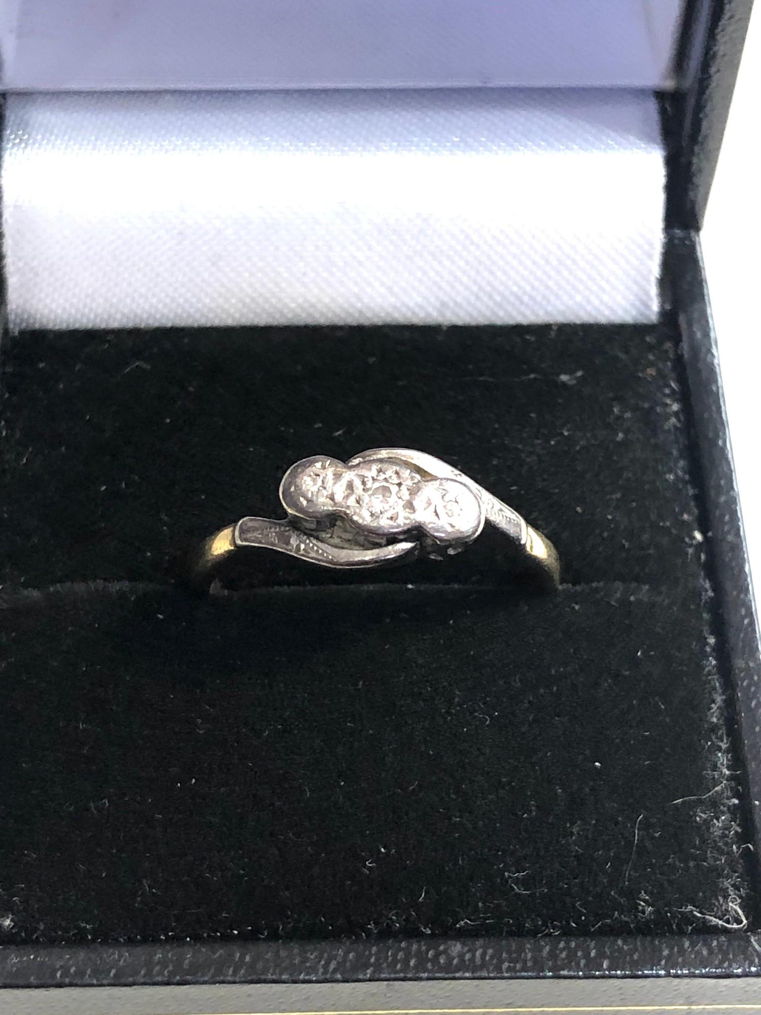 Antique 18ct & platinum diamond trilogy ring weight 2.8g