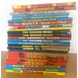Selection of vintage beano, Dandy, Dennis the mennis books etc