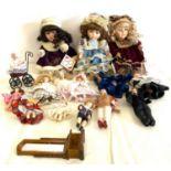 Selection miniature porcelain dolls (11 in total) 3 pot dolls 2 musical