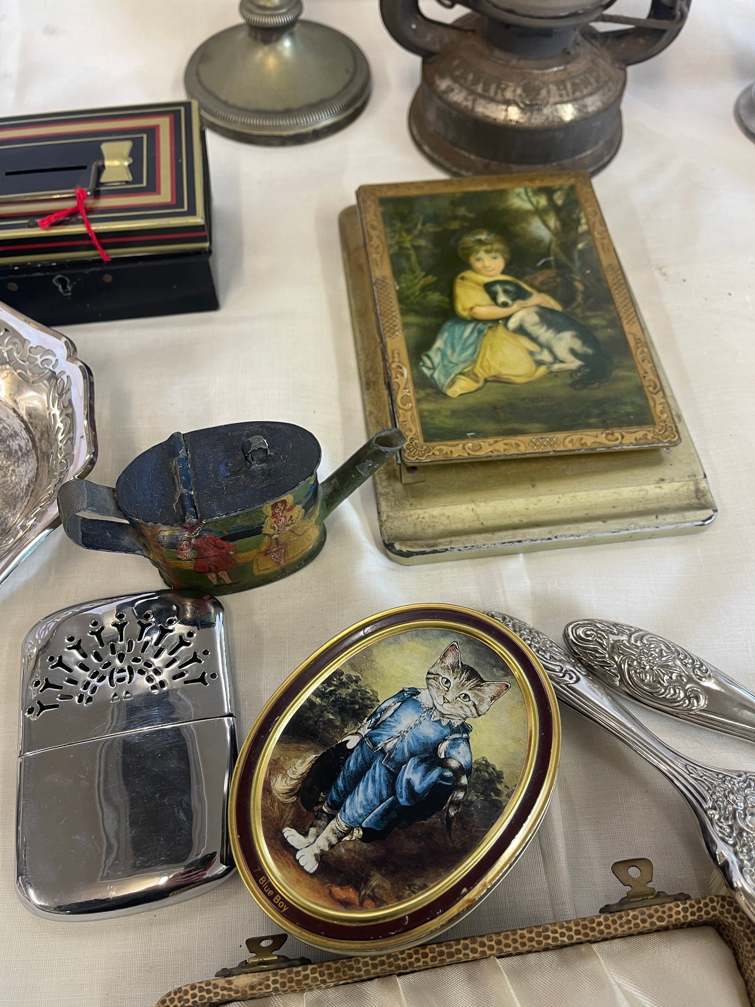 Selection of Assorted metal items, includes tilly lamp, brass candle stick, photo frames etc - Image 2 of 7