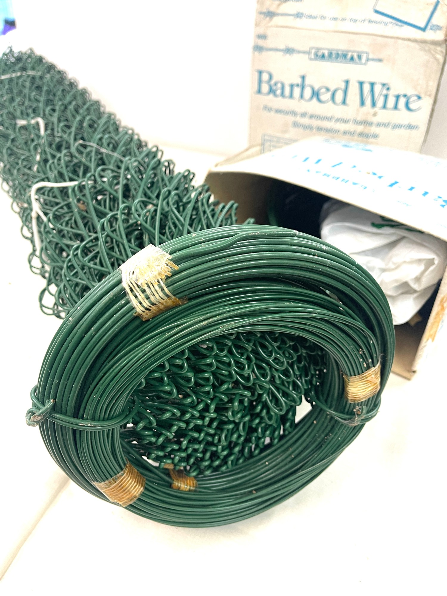 Selection of garden wire - Image 4 of 4