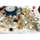 Selection of miscellaneous items includes pottery, plates etc