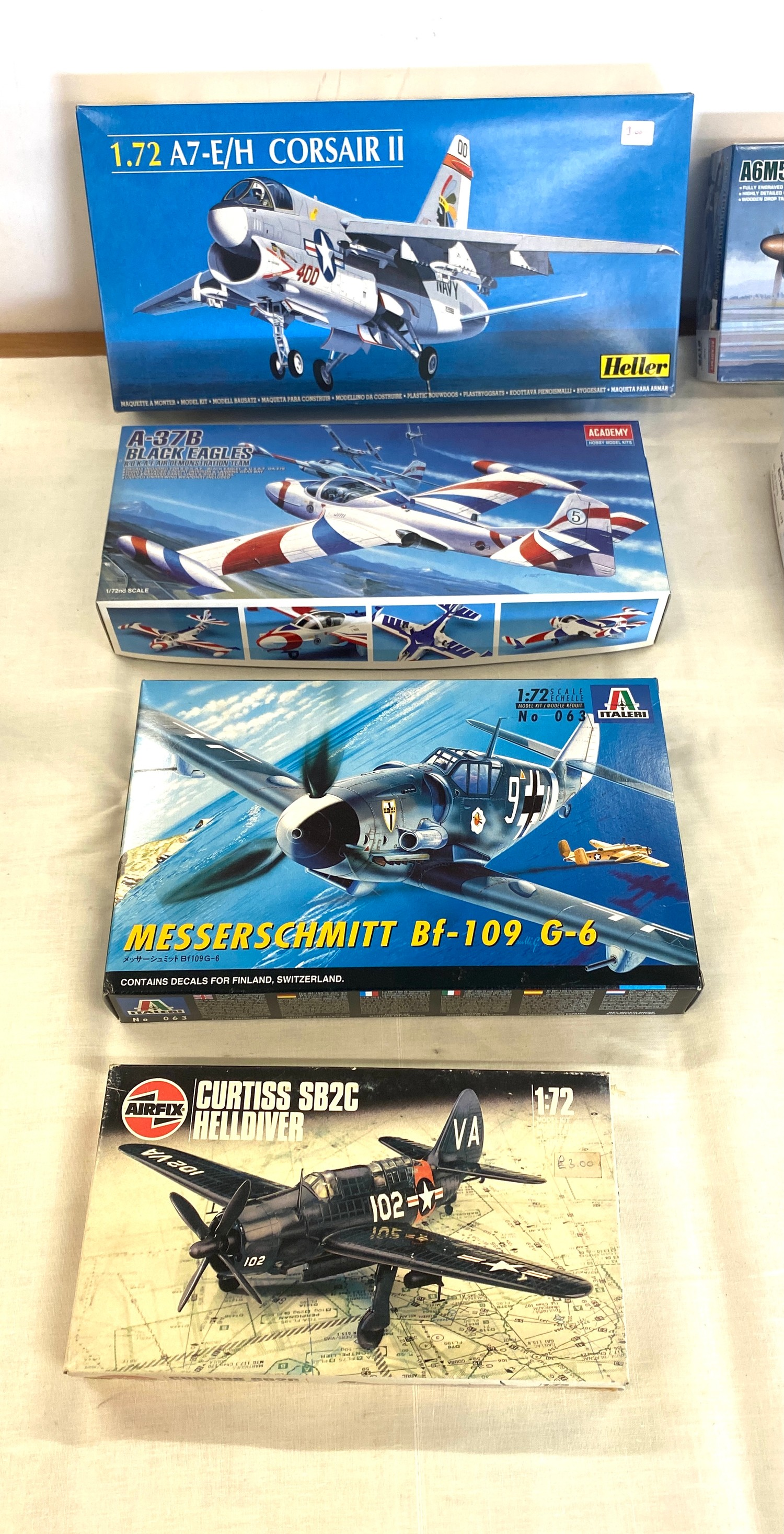 Selection of 8 boxed craft models to include, Corsaur II A7, Zero fighter type 52c, Fighter vickers, - Image 3 of 3