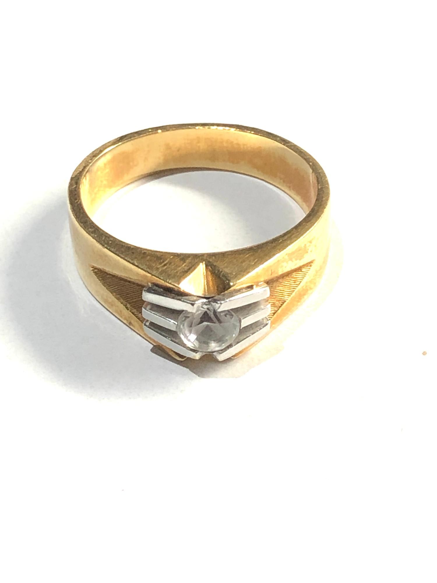 18ct stone set modernist design ring 6.8g