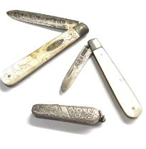 3 antique fruit knives 2 with silver blades
