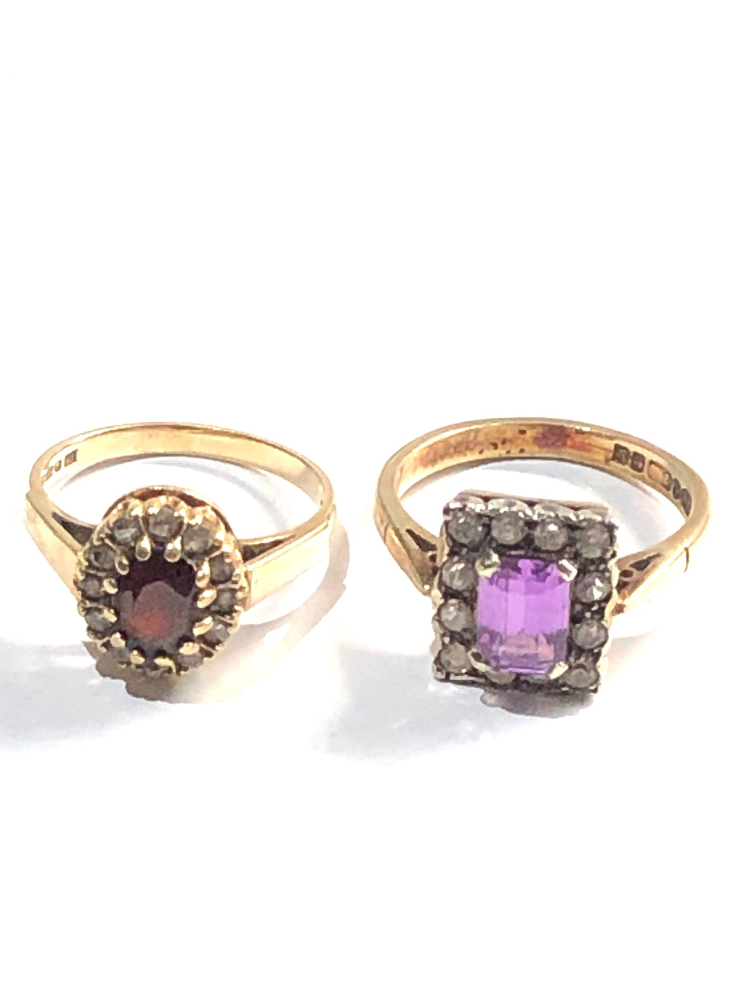 2 x 9ct gold cluster rings 6.2g