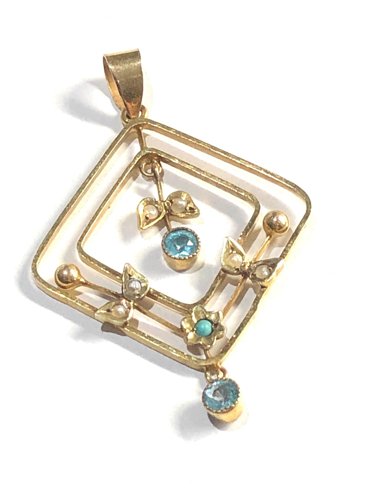 9ct gold antique pendant 2g