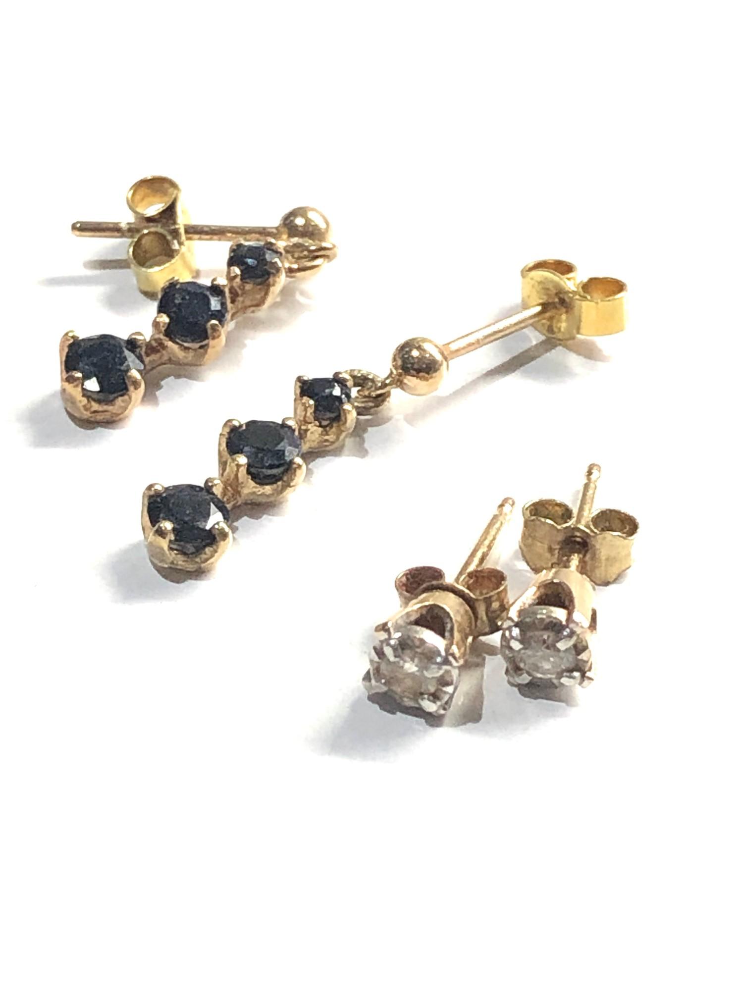3 x 9ct Gold earrings inc. diamond studs, drops 4.5g - Image 3 of 3