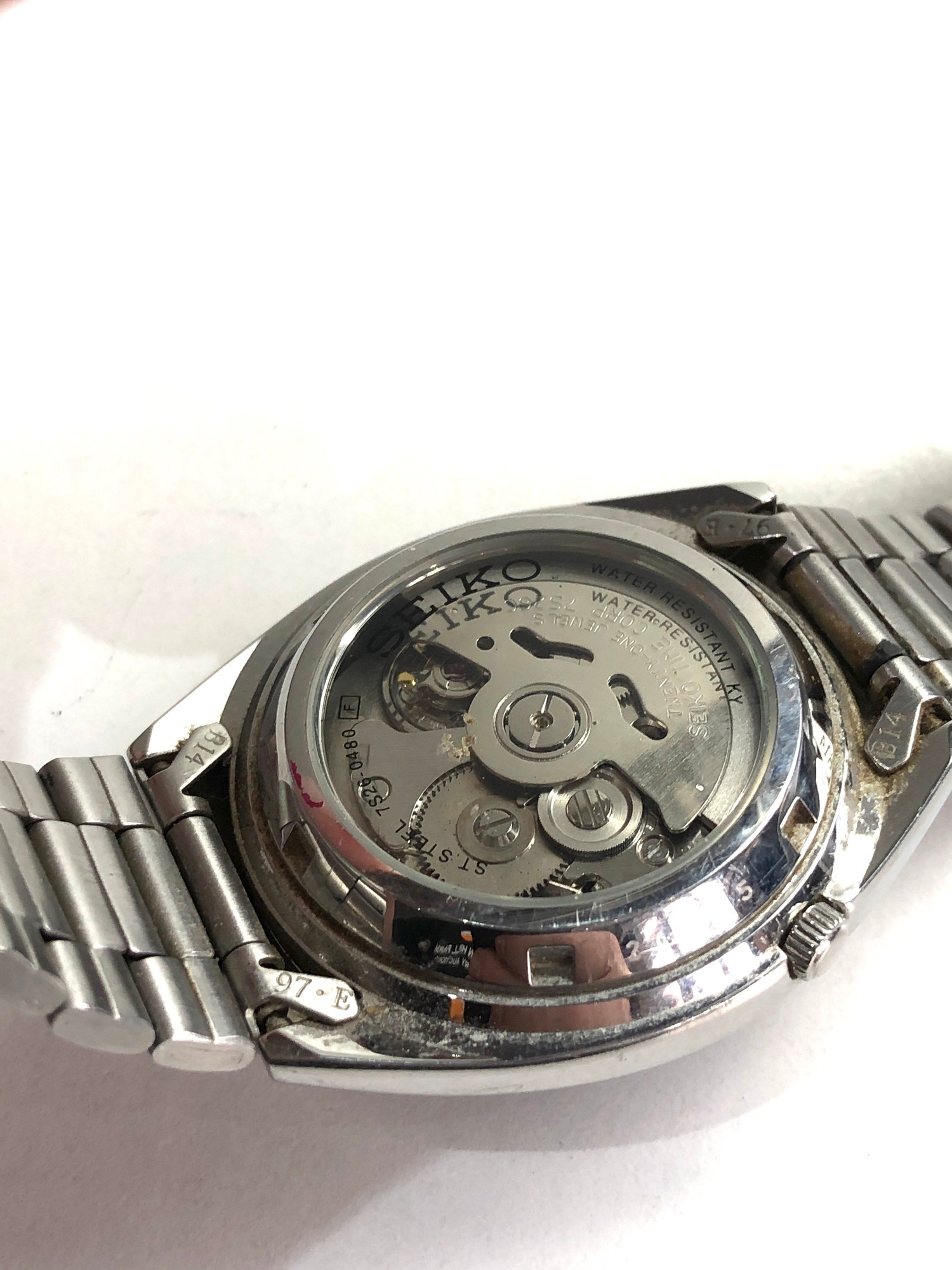 Gents seiko 5 automatic gents wristwatch in working order but no warranty is given 7526-0480 - Image 4 of 4