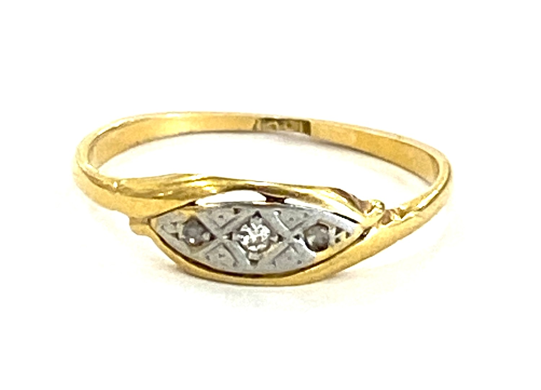 Antique 18ct diamond ring 1.6g