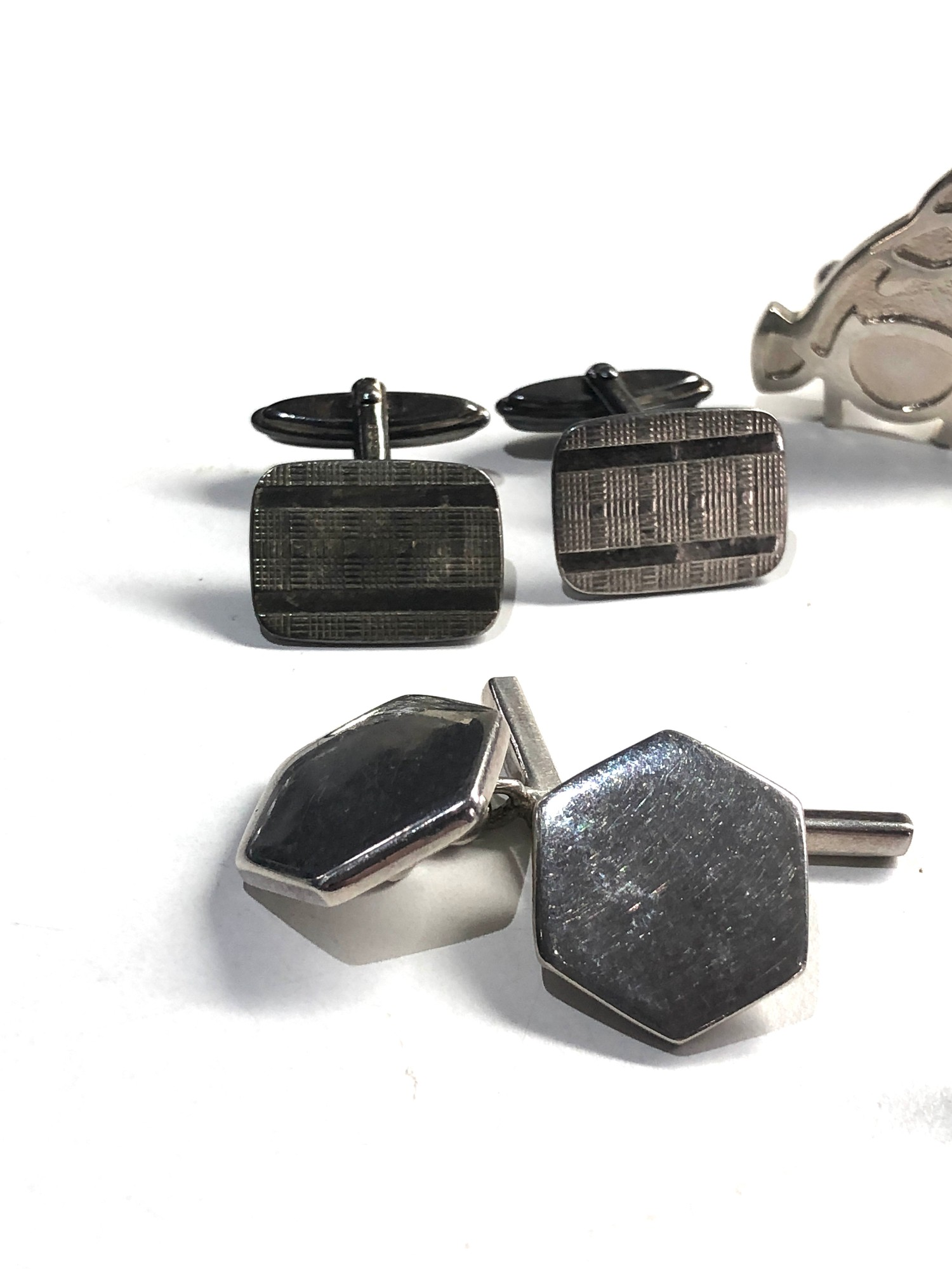 5 pairs of vintage gents silver cufflinks - Image 2 of 4